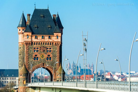 Der Nibelungenturm - Bild Nr. 201403082410