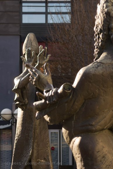 Skulpturen auf dem Domhofplatz - Bild Nr. 201501181031