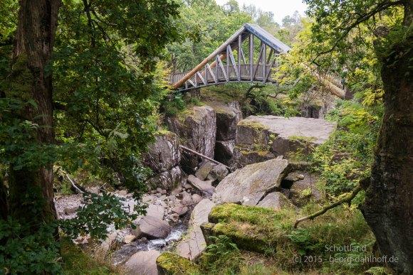 Bracklinn Falls Bridge - Bild Nr. 201510053335