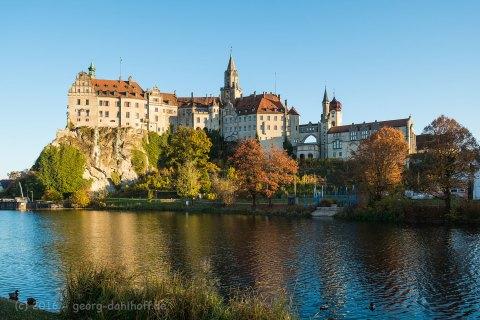 201610315559 - Schloss Sigmaringen: An der Donau