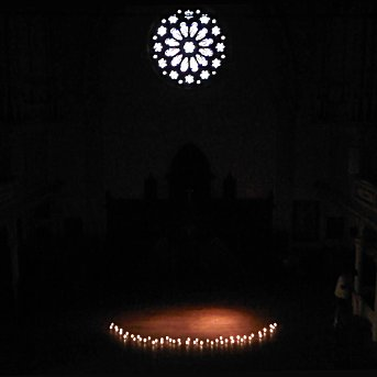 The Gospel of Matthew by Candlelight