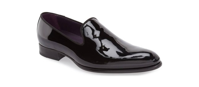 5c9a8f240 Men's evening shoes are in a class all their own, made with materials,  finishes and aesthetics that distinguish them from regular dress shoes.