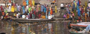 toilet-in-ganges1