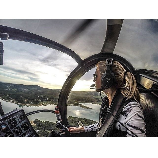 That's the helicopter pilot I want. regram @pilotgopro 24 de Fevereiro dia do Piloto de Helicóptero. ➖➖➖➖➖➖➖➖➖➖➖➖➖➖ 📸: @dih.franca ➖➖➖➖➖➖➖➖➖➖➖➖➖➖ ➡️ Tag your photo with @pilotgopro and use the hashtag #PilotGoPro or send a DM. #PilotGoPro #pilotlife #pilot #airlinepilot #avgeek #avporn #aviation #airplanes #gopro #goproaviation #goprobrasil #goprooftheday #goprolovers