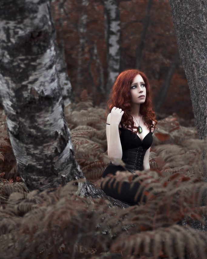 Aww, don't be sad. I'll keep you company.😏 Where are all those forests with the gloomy redheads? regram @jesse.gourgeon Fallow me on Facebook: www.facebook.com/jesse.gourgeon  Photographe: Jesse Gourgeon – artiste photographe  Modèle: Aonvaa  #gingerhair #redhead #model #sadness #sad #forest #frenchforest #autumn #autumncolors #ferns #trees #beauty #beautiful #ginger #curlyhair #jewelry #dark #pentax #pentaxfrance #pentaxk3 #iwantthepentaxk1 #photoshoot #gingermodel #French #paleskin #frickles