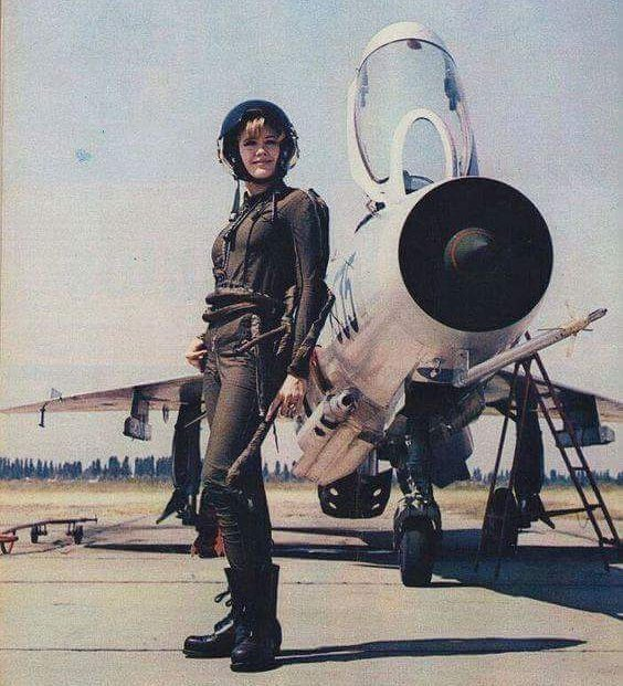 I have no idea who she is but in my mind I call her Starbuck. #retro #planes #pilot #women #badass #jet #starbuck #battlestargalactica