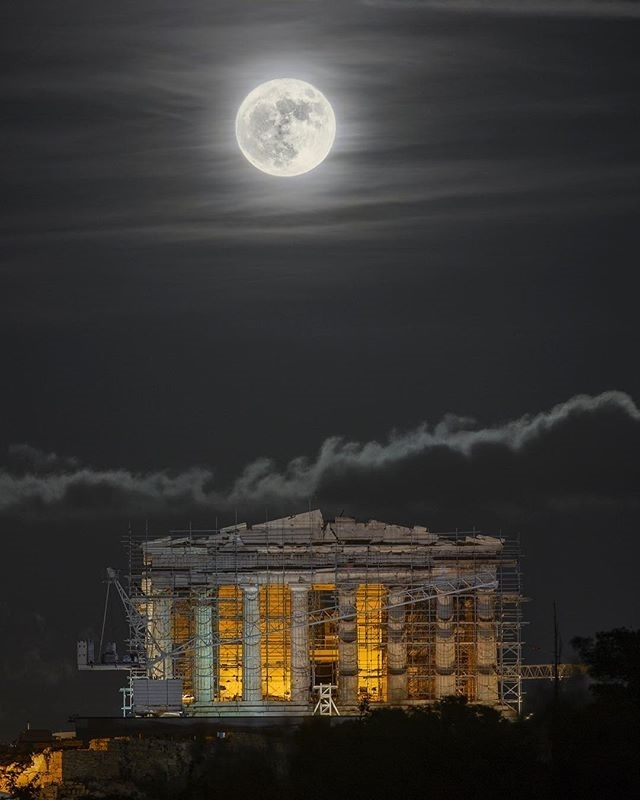 Awesome pic, right?  regram @alexmaragos ‪#HarvestMoon night. The #fullmoon closest to the autumn equinox. #Athens #Greece #Acropolis‬ #Astronomy #Space #Earth #Moon #Science