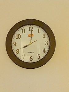 Clock showing 8am