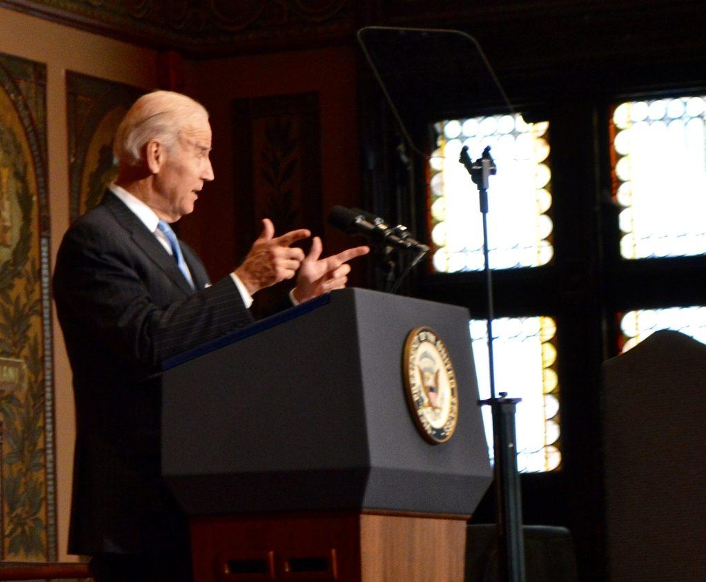 Joe Biden addresses students on financial regulation