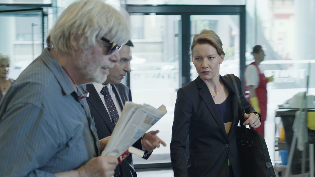 <i>Toni Erdmann</i> Explores the Touching, Quirky Relationship between Father and Daughter