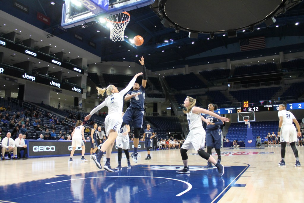 Dogs on the loose: Petke's big night lifts women's basketball to upset over Villanova