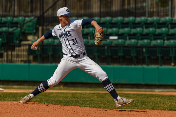 Baseball Stays Hot With Sweep of George Mason