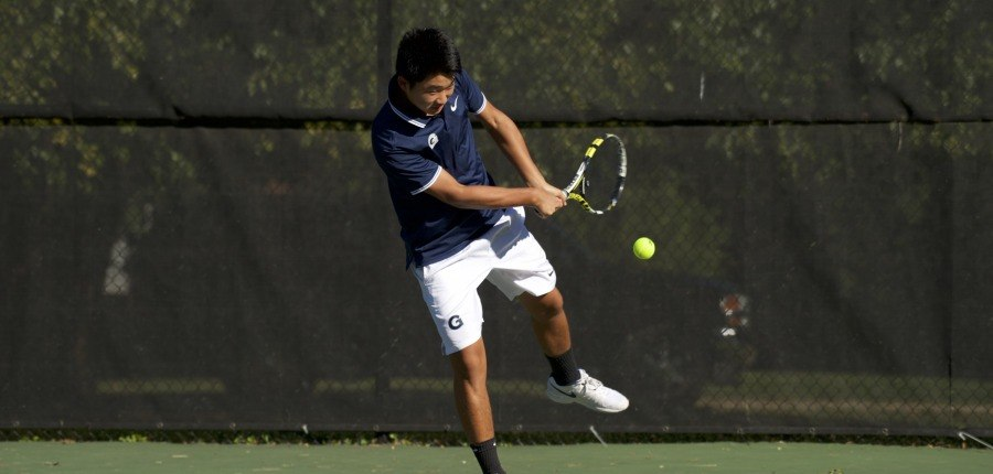 Men's and women's tennis play strong against Mason