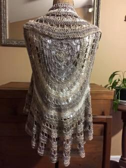 spider-design-hand-crafted-wrap-shawl-collar-grey-varigated-080415