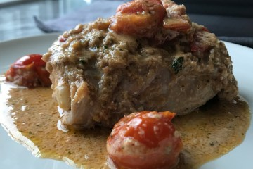 Chicken in walnut tomato sauce