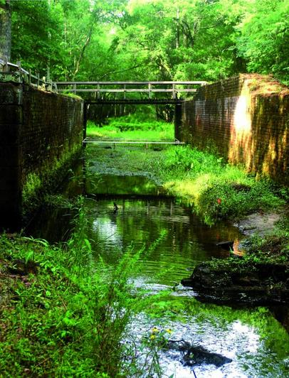 Places to Visit in Georgia   Georgia On My Mind The Historic Savannah Ogeechee Barge Canal is one of the prime relics in  the history of southern canals  Beginning with the tidal lock at the  SavannahRiver