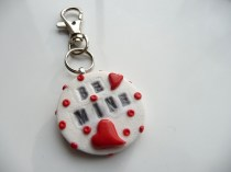 Valentine - Be mine keyring v2