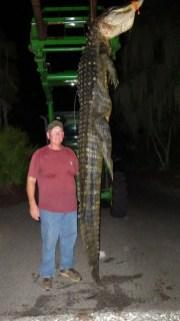 Mike Sellers 11-1 Gator 9 10 19 - IMGP1208
