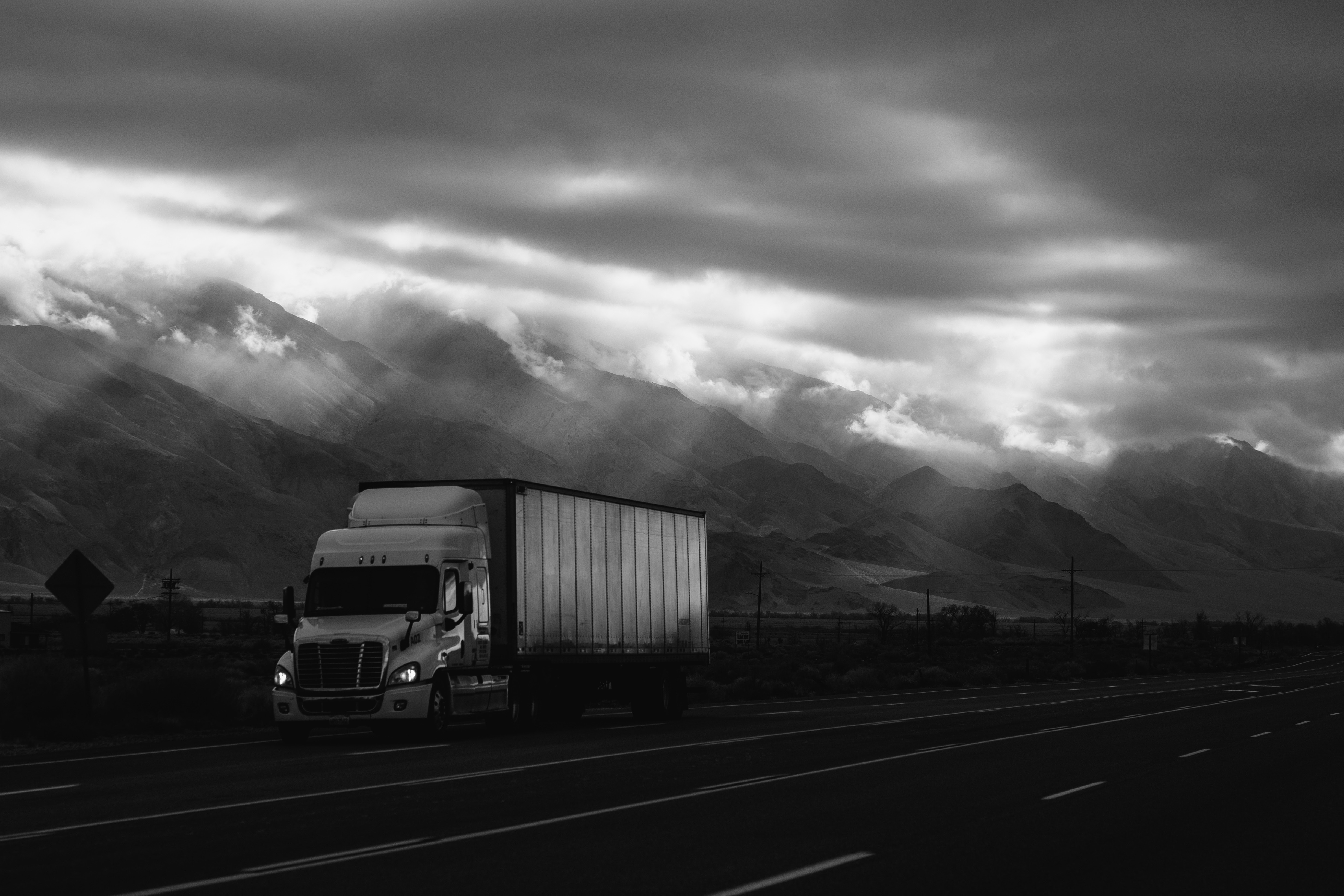 truck-driving-on-highway