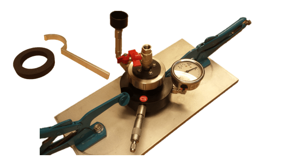The Water Absorption set measures the penetration of water into the test surface under an applied pressure, can be used to determine the water penetration characteristics of alternative concrete mixtures or surface sealers and alsofor in-place testing to demonstrate the characteristics of concrete level of permeation.