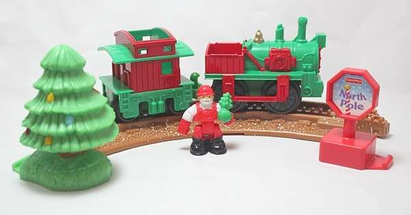 R8249 Holiday Train Set closeup