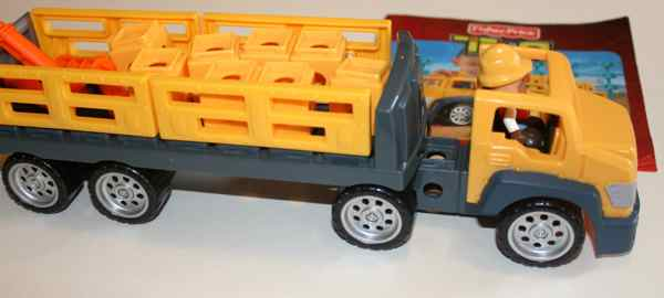 R2133 Construction Hauler