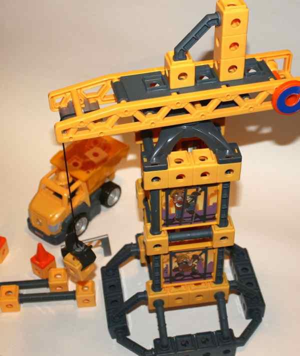 R2134 Construction Loader