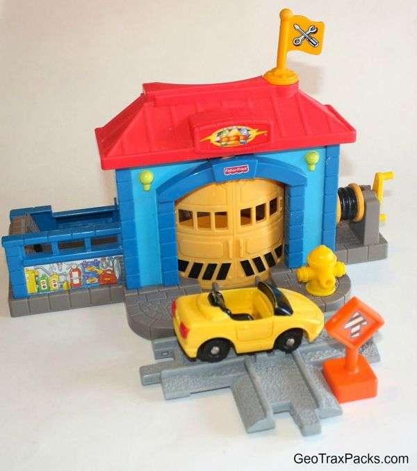 N8851 Mechanic's Garage