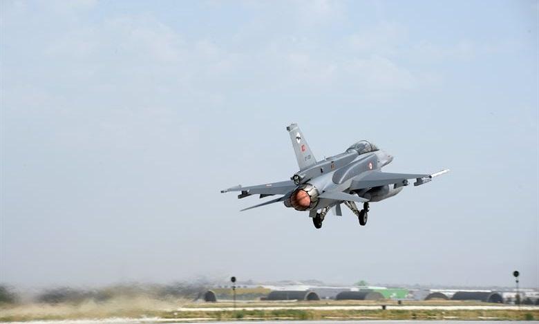 Turkije bombardeert vliegveld in Syrië