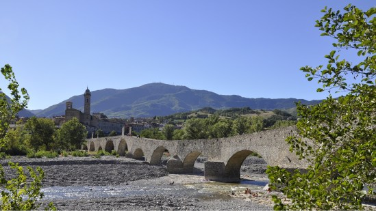 Italia Bobbio bridge