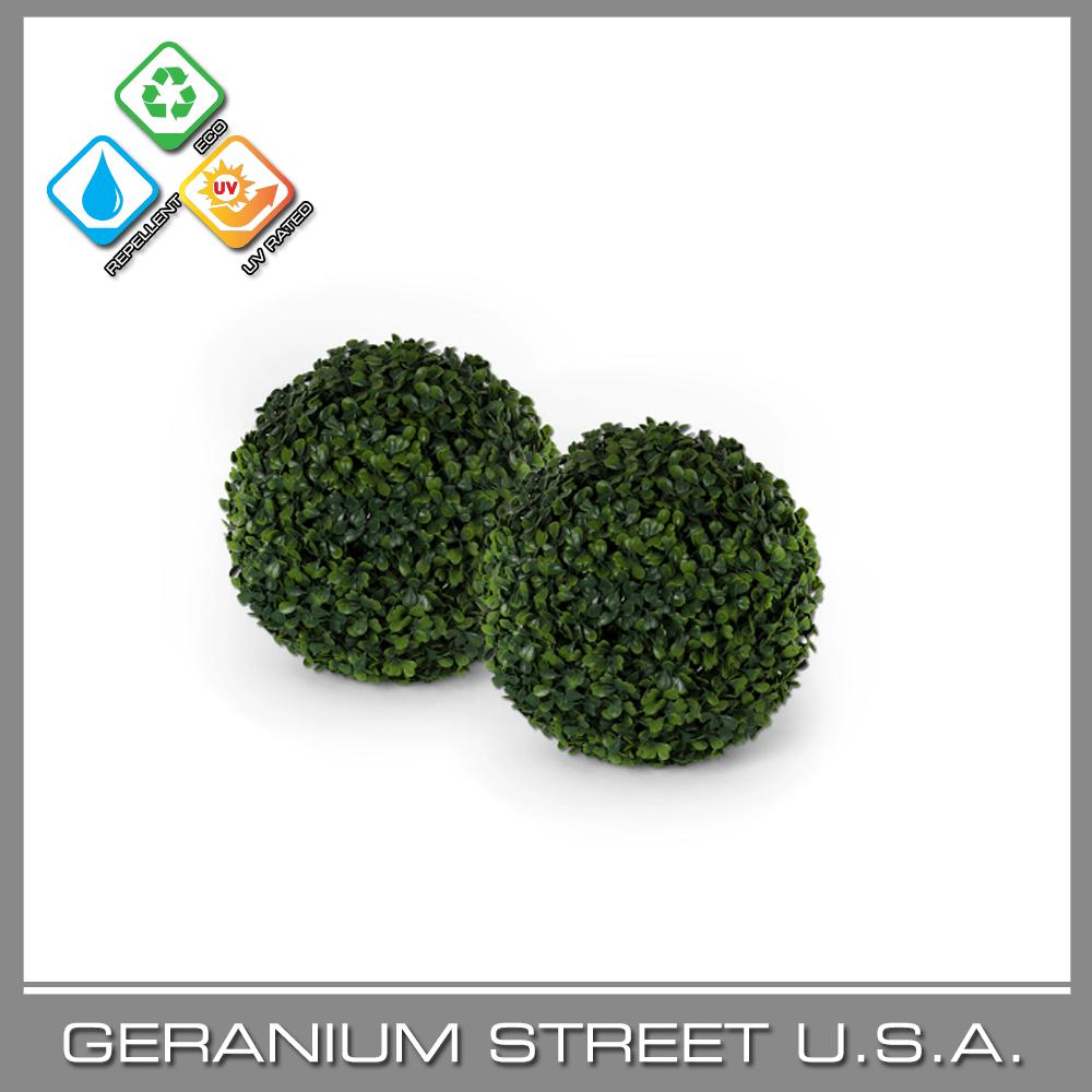 Artificial Boxwood Ball medium green UV