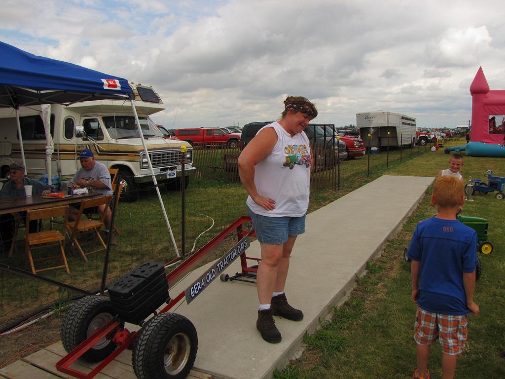 Pedal Pull Volunteers & Fun