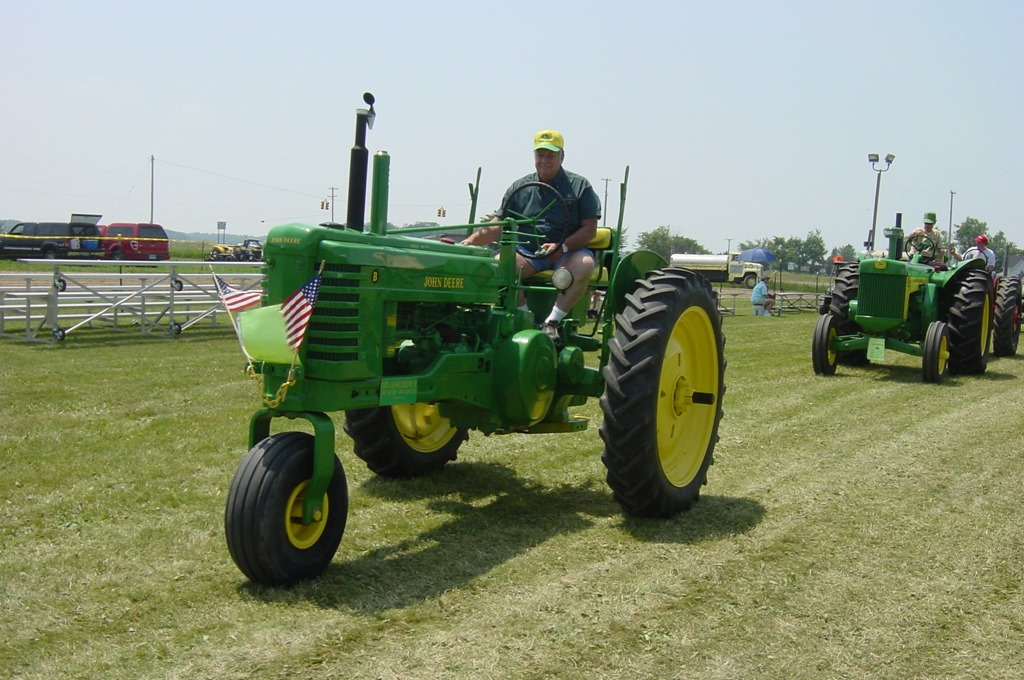 Get Involved!–Tractor Show Runs Start Saturday at the Gera Old Tractor Days