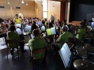 concert old school orchestra Beatles (2)