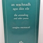 Seachnadh agus Dain Eile: The Avoiding and Other Poems (Lines Review editions) (Scots Gaelic and English Edition)