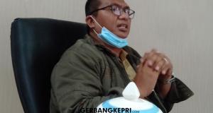 Kepala Dinas Pertanian dan Pangan Kabupaten Karimun, M. Sukrianto