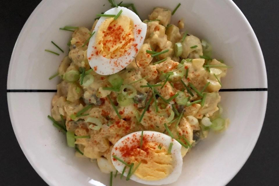 eenvoudige aardappel eiersalade