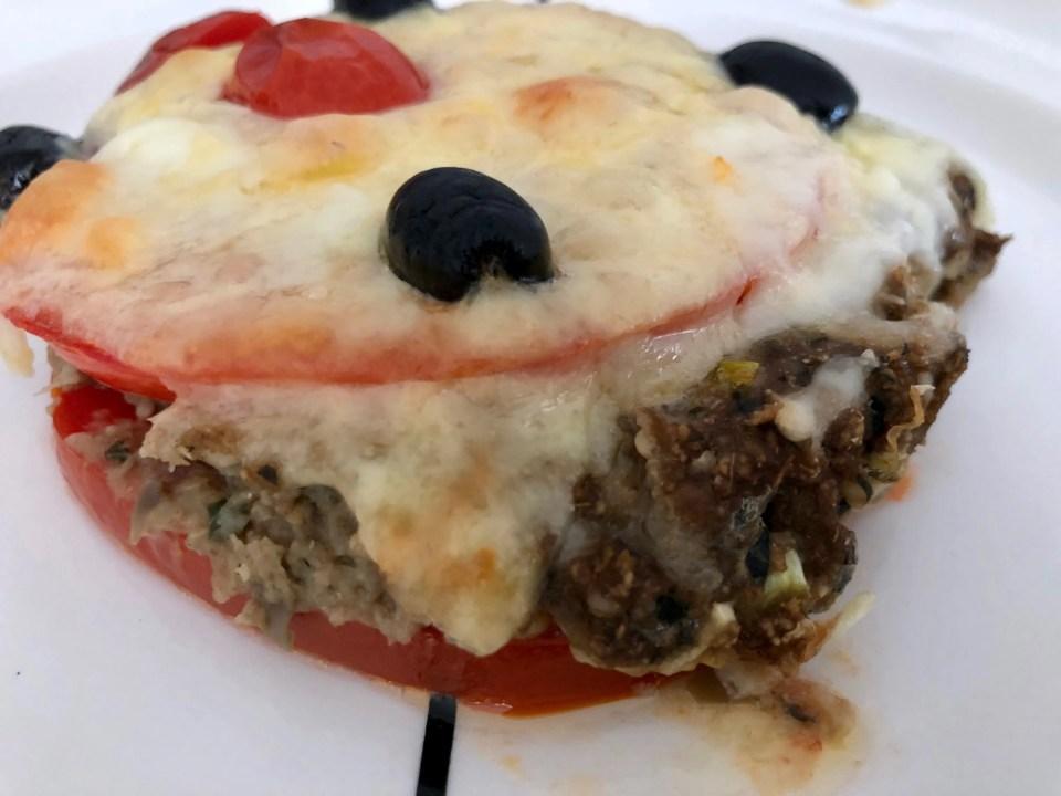 aubergine gratin met kaas mozzarella en tomaten