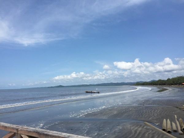 Pantai di maba Maba. Courtesy: Avivah Yamani