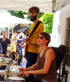 THE MOONBAND @ Straßenfest Glockenbachwerkstatt München 2015-05-10 (5)