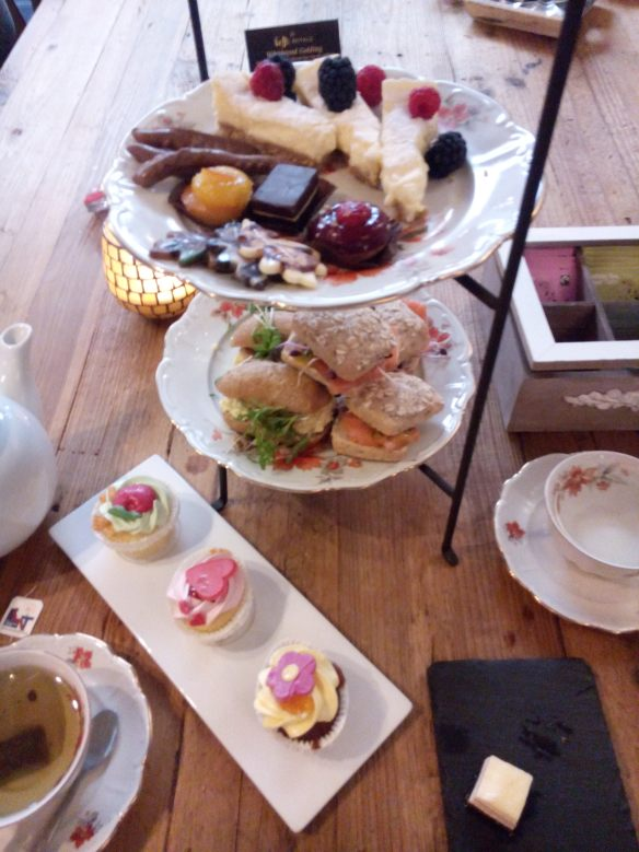high tea http://gerhildemaakt.wordpress.com