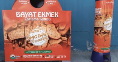 Belediyeler Bayat Ekmekleri Topluyor