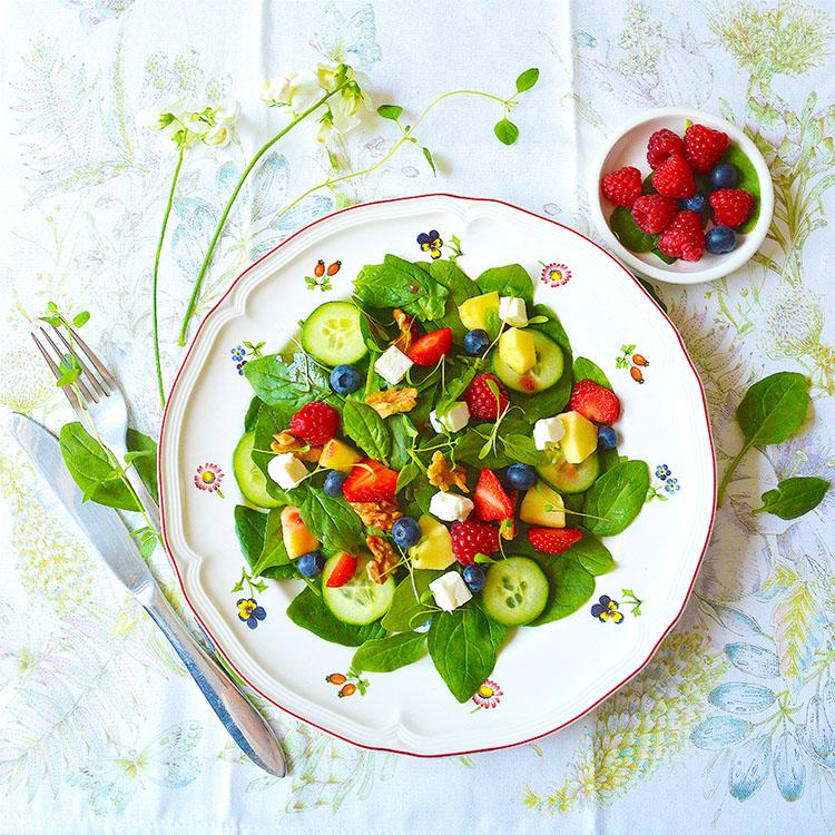 Spinach Salad recipe / Лятна Салата със Спанак и Плодове рецепта