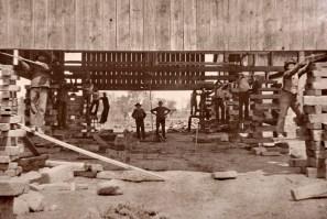 Elevating Lueder's barn, 1899