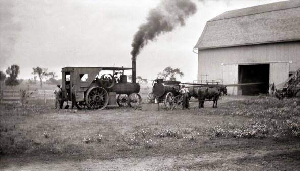 Threshing at Lueder's barn, August 30, 1927