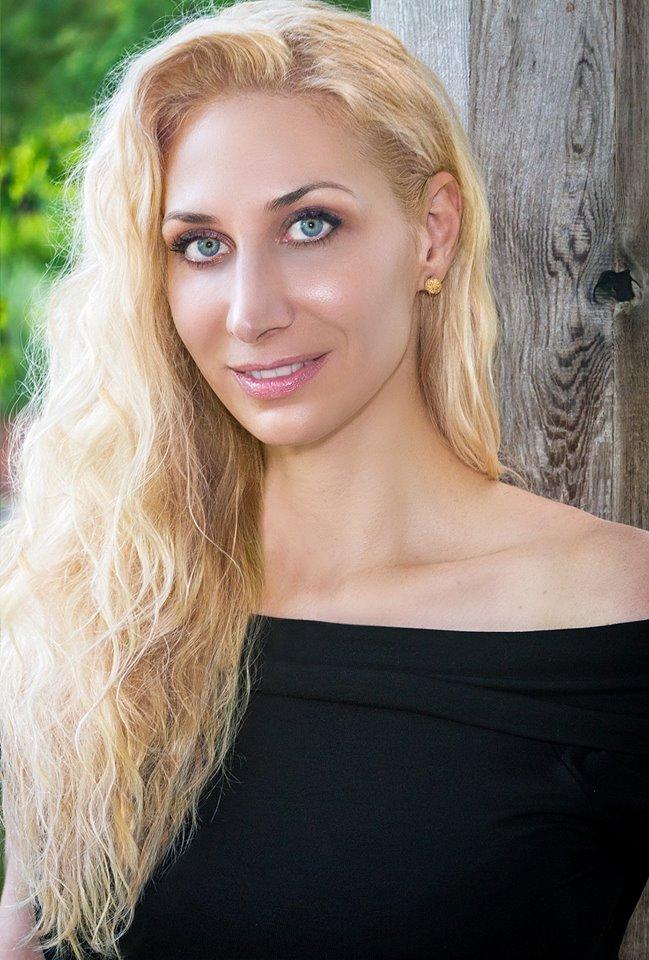 The New Johntext Author From Texas: Melissa Studdard
