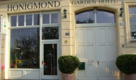 2631759-HONIGMOND-GARDEN-HOTEL-Hotel-Exterior-1