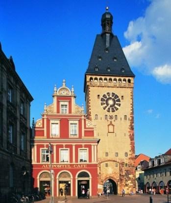 City breaks in Germany: Altpörtel in Speyer