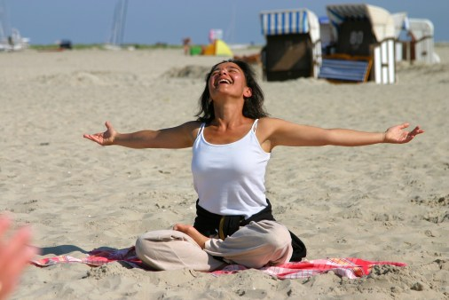 Borkum yoga on beach