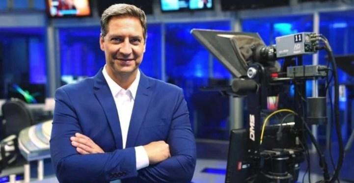 Luís Ernesto Lacombe na RedeTV! (Foto: Reprodução)